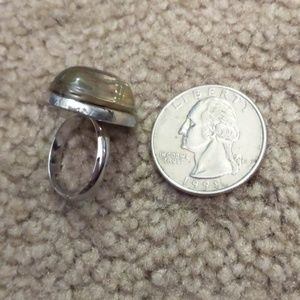 Vintage Jewelry - Ring Changes color adjustable Silver